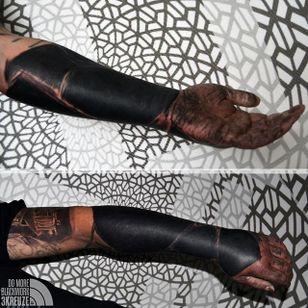 Blackwork Tattoo by 3Kreuze #Blackwork #Blackworkers #BlackworkTattoos #BlackworkTattooing #BlackoutTattoo #BlackInk #3Kreuze