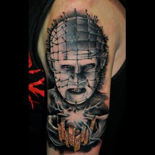 Amazing linework and shading in this tattoo by Benjamin Laukis #hellraiser #CliveBarker #cenobite #horror #movie #pinhead #BenjaminLaukis