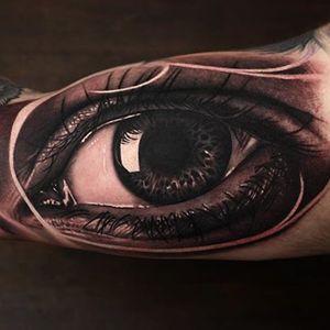 Realistic eye by Dean Taylor #DeanTaylor #blackandgrey #realistic #eye #tattoooftheday
