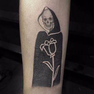 Death is a kind friend by Scott Campbell #scottcampbell #blackwork #linework #skull #death #grimreaper #illustrative #flower #bones #tattoooftheday