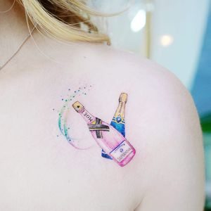 Champagne tattoo by Banul #Banul #besttattoos #color #watercolor #painterly #champagne #alcohol #drinking #glitter #sparkle #moet #realistic #realism #bottles #tattoooftheday