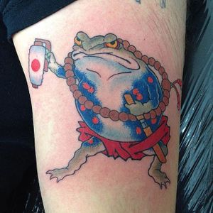 Badass samurai frog tattoo by Makoto #Makoto #frogtattoo #Japanesertraditional