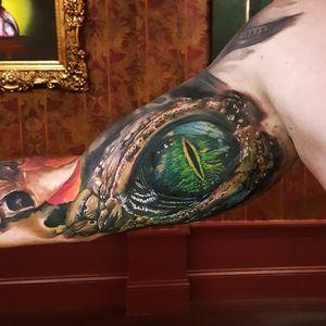 #MarzanTattoo #MarekPawlik #realismo #realism #tatuadorgringo #olho #eye #corcodilo #aligator #colorida #colorful