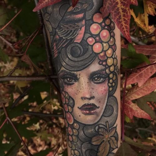 Fall's Mistress by Hannah Flowers #HannahFlowers #color #neotraditional #portrait #ladyhead #face #lady #bird #berries #leaves #nature #seasons #fall #tattoooftheday