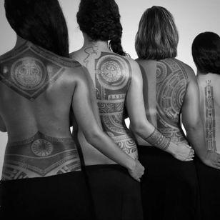 Different polynesian back designs, Photo: Anapa Production #PatuMamatui #polynesiantattoo #tribaltattoo #polynesian #tribal