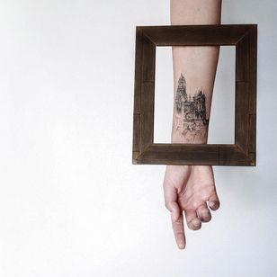 Graphic tattoo made at La Bottega dell'Arte #labottegadellarte #graphic #contemporary #architecture #church