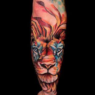 Lion tattoo by Mirco Campioni #MircoCampioni #graphic #lion