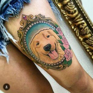 A happy Golden Retriever in a decorative frame. Tattoo by Johny Pinheiro. #goldenretriever #dog #neotraditional #frame #JohnyPinheiro
