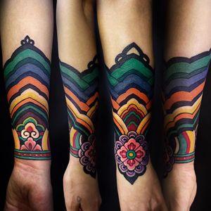 A traditional Korean sleeve pattern tattooed by Arang Eleven. (Via IG - arang_eleven) #korea