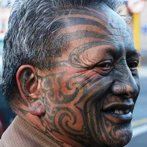 Ta moko no rosto! #Tamoko #tamokotattoo #maori #maoritattoo #facemaori