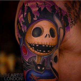 Clean and vibrant Jack Skellington tattoo done by London Reese. #LondonReese #jackskellington #nightmarebeforechristmas #painterlystyle #theartolondon