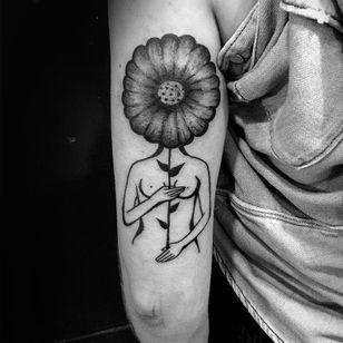 Flower tattoo by Ophélie Taki #OphélieTaki #illustrative #blackwork #childhood #flower