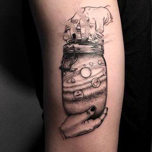The Universe in a Jar Tattoo by Oozy @Oozy_Tattoo #Oozy #OozyTattoo #Blackwork #Black #Linework #OddTattoos #Korea #Universe #Galaxy #Jar