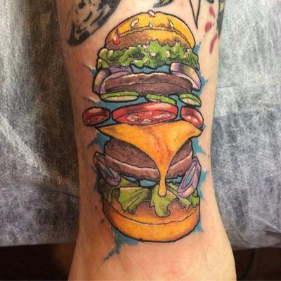 Hamburguer por Kirukato tattoo! #kirukatotattoo #Hamburguer #burger #burgerlove #hamburger #queijo #cheese #cebbola #onion