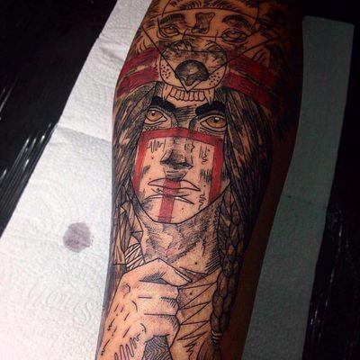Tattoo por Wesley Maik! #WesleyMaik #Tatuadoresbrasileiros #tatuadoresdobrasil #tattoobr #tattoodobr #SãoPaulo #wolf #lobo #mulher #woman #india #indian