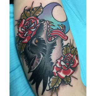 Wolf Tattoo by Katie McGowan #Traditional #BoldTattoos #ColorfulTattoos #Colorful #KatieMcGowan