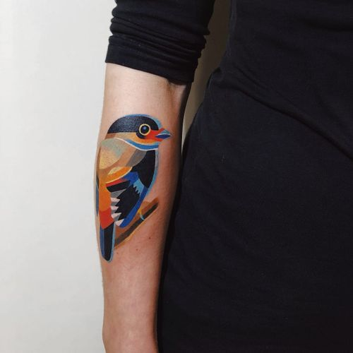 Cute bird tattoo by Sasha Unisex #sashaunisex #watercolortattoos #color #watercolor #painterly #bird #feathers #wings #graphic #popart #shapes #nature #animal
