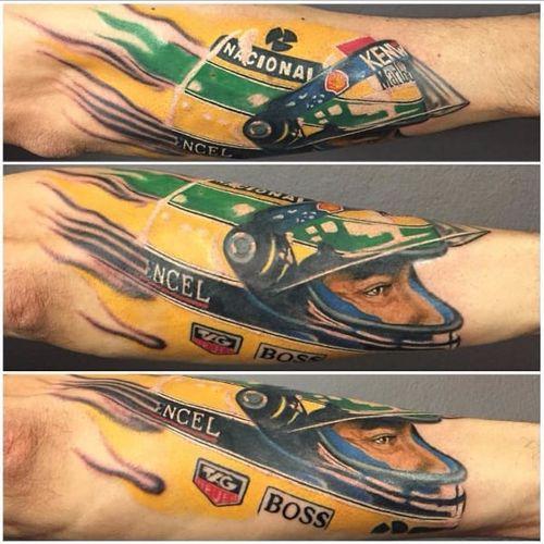 O olhar mais marcante da história da F1 #GarethJParry #AyrtonSenna #formula1 #f1 #piloto #brasil #brazil #rip #icone #automobilismo #1deMaio #May1 #capacete #helmet #realismo #realism