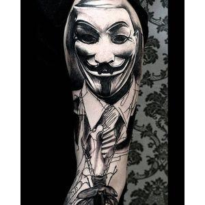 Alternative black and grey tattoo by Krzystof Sawicki. #KrzystofSawicki #blackandgrey #alternativ #sketch #guyfawkesmask #vendetta #mask