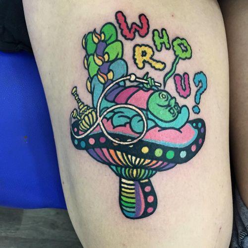 #Raro #gringo #colorido #colorful #neon #fun #divertida #psychedelic #psicodelica #surrealism #surrealism #cogumelo #mushroom #Absolem #aliceinwonderland #alicenopaisdasmaravilhas #movie #filme #book #livro