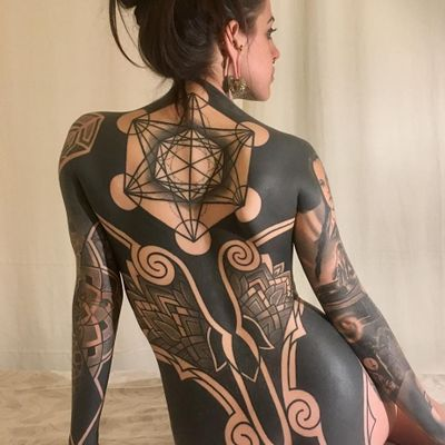 Tribal bodysuit tattoo by Pierluigi Deliperi #PierluigiDeliperi #tribaltattoos #blackwork #linework #mandala #dotwork #sacredgeometry #geometric #pattern #spiral #floral #shapes #blackfill #primitive #tattoooftheday