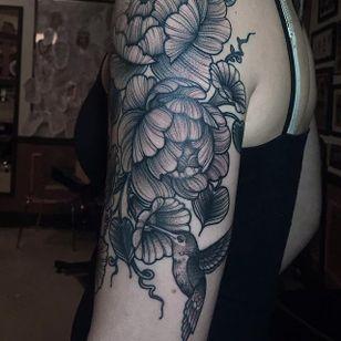 Flowers and hummingbird blackwork piece by Savannah Colleen McKinney. #blackwork #linework #dotwork #SavannahColleenMcKinney #bird #flowers #hummingbird