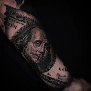 Benjamin Franklin on the US $100 bill. By Ben Thomas. #realism #blackandgrey #blackandgreyrealism #portrait #BenThomas #BenjaminFranklin