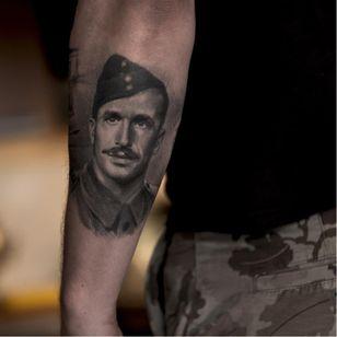 WWII soldier by Niki Norberg #NikiNorberg #WWI #WWII #soldier #war #heroe #centenary #worldwar