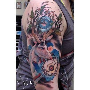 Chifres ou galhos?? #CodyEich #gringo #surrealism #surrealismo #graphic #grafico #geometric #geometrica #fullcolor #colorido #nature #natureza #cervo #hart #aquarela #watercolor #folha #leaf #galho #branch #abstract #abstrato