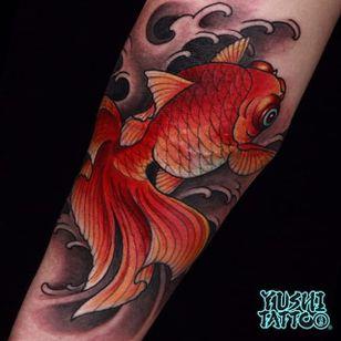 Goldfish Tattoo by Yushi #goldfish #japanese #asian #oriental #korean #koreanartist #Yushi
