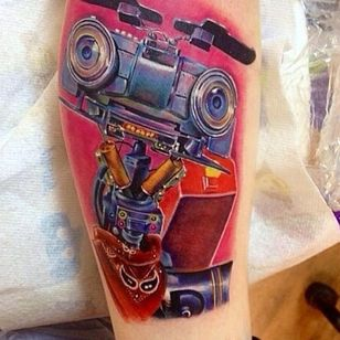 Gangster Johnny 5 by Cecil Porter (via IG -- paintedladymagazine) #cecilporter #johnny5 #johnnyfive #johnny5tattoo #shortcircuit #shortcircuittattoo