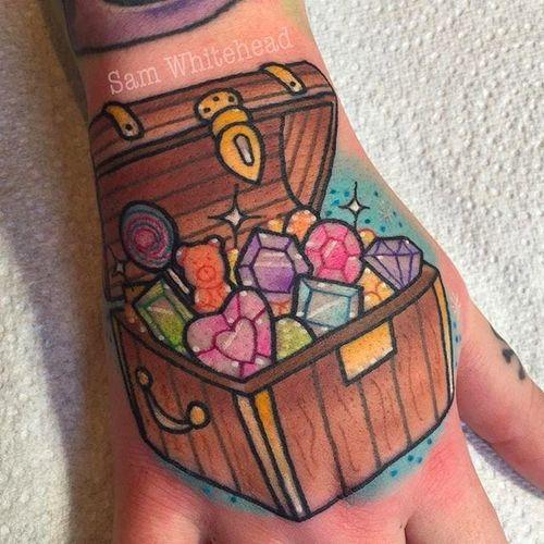 Treasure chest Tattoo by Sam Whitehead @Samwhiteheadtattoos #Samwhiteheadtattoos #Colorful #Girly #Girlytattoo #Neotraditional  #Blindeyetattoocompany #Leeds #UK #treasurechest