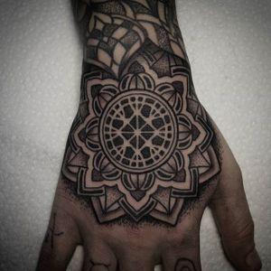 Tattoo by Manuel Zellkern #geometric #geometrictattoo #geometrictattoos #blackwork #blackworktattoo #dotwork #dotworktattoo #pattern #patterntattoo #ManuelZellkern