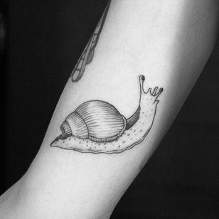 Snail by Meia. (Via IG - meia.work)