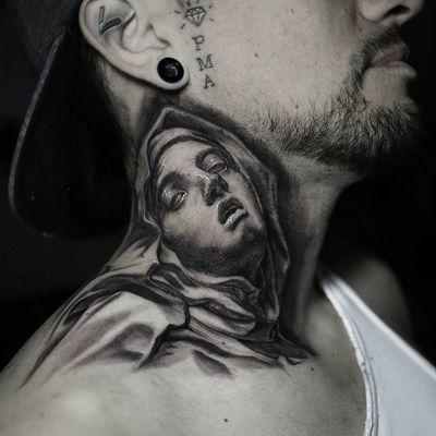 Pieta tattoo by Stefano Alcantara #StefanoAlcantara #cooltattoos #blackandgrey #portrait #illustrative #realism #realistic #pieta #sculpture #virginmary #religious #catholic #christian