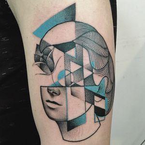 Cubist portrait tattoo by Mariusz Trubisz #MariuszTrubisz #geometrictattoos #color #blackandgrey #portrait #face #lips #shapes #dotwork #linework #rose #flower #cubism #abstract #tattoooftheday
