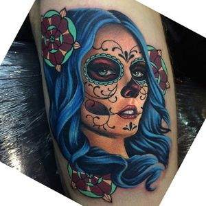It's great how this portrait of La Catrina almost looks like its creator—Megan Massacre (Instagram @megan_massacre). #color #flowers #LaCatrina #MeganMassacre #neotraditional #ornate #realism