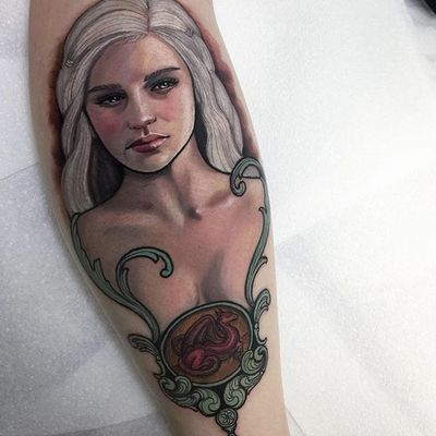 Game of Thrones Khaleesi portrait by Hannah Flowers #HannahFlowers #Khaleesi #got #gameofthrones #dragon #portrait #color #tattoooftheday