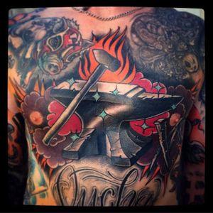 Anvil Tattoo by Bartosz Panas #anvil #anviltattoo #neotraditional #neotraditionaltattoo #neotraditionalartist #polishtattoo #polishartist #BartoszPanas