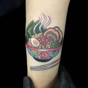 Tattoo by Wendy Pham #WendyPham #TaikoGallery #WenRamen #newtraditional #color #Japanese #mashup #soup #ramen #noodles #foodtattoo #chopsticks #nori #peony #meat #egg #leaves #nature #bowl