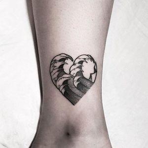 Blackwork heart-shaped wave tattoo by Sunghee Hwang. #SungheeHwang #Sou #SouTattooer #blackwork #wave #heart