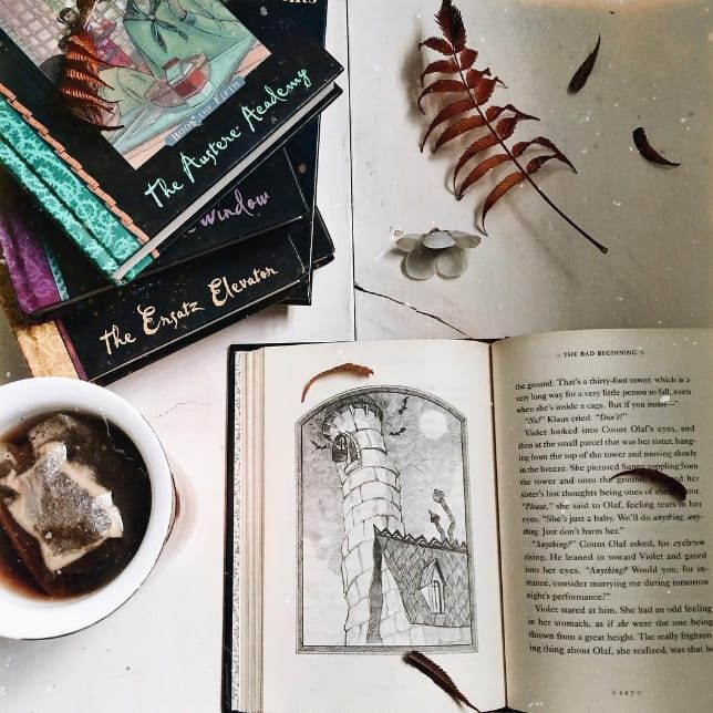 Spells, spells, spells (and tea!) #HarmonyNice #reading #witchy #blogger #vlogger #autumn