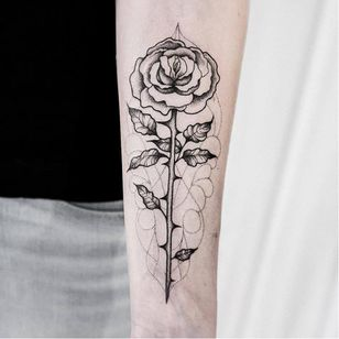 Rose tattoo by Uls Metzger #UlsMetzger #monochrome #dotwork #blackwork #rose