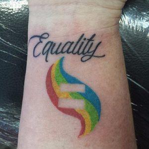 Igualdade #OrgulhoGay #GayPride #OrgulhoLGBT #ParadaGay #GayParade #preconceitoNao #amorlivre #freelove #arcoiris #rainbow #equality #igualdade