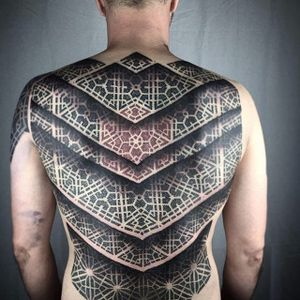 Back tattoo by Nathan Mould #patternwork #patternworktattoo #backpiece #backpiecetattoos #backtattoo #blackwork #blackworktattoo #dotwork #dotworktattoo #NathanMould