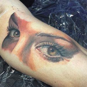 Stunning work on the eyes here Photo from ponywave.com #PonyWave #model #tattooedlady #illustrator #singer #LAtattooer #vegan #sullenartcollective #sullenangel #eye