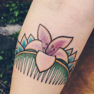 Mulan tattoo by Zane Pendergast. #comb #mulan #disney #disneyprincess #chinese #zoependergast #waltdisney