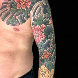 A sleeve full of peonies by Henning Jorgensen (IG—henning_royaltattoo). #botan #HenningJorgensen #Irezumi #Japanese #peony #traditional