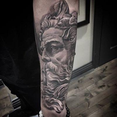"An incredible black and grey depiction of God by Matt ""Skinny"" Bagwell (IG—xskinnyx). #blackandgrey #God #MattSkinnyBagwell #realism"