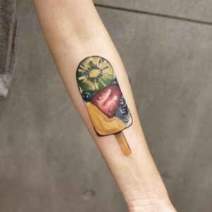 Fruit pop tattoo by Chenjie.newtattoo #Chenjie.newtattoo #desserttattoos #color #watercolor #realism #realistic #fruit #popsicle #sweets #sweet #cute #food #foodtattoo #kiwi #strawberry #peach #blueberry